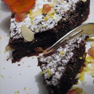Čokoládová torta s mandľami