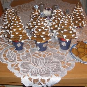 Medovníčky- vianočný medovníkový stromček