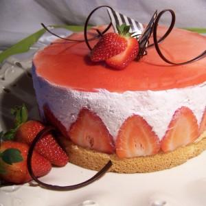 Tvarohovo jahodová torta