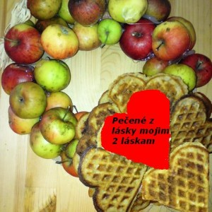 Waflové jabľčkové srdiečka