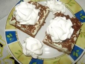 Piškótovo-marhuľový koláč
