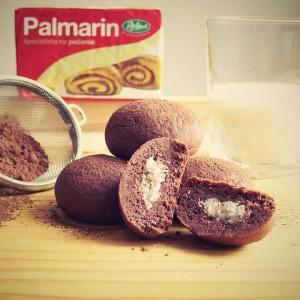 Plnené kakaové keksíky