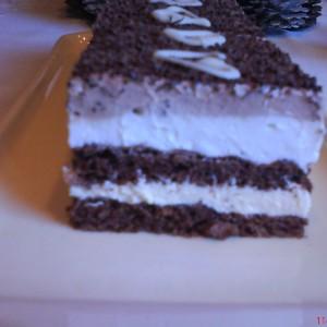 Čokoládové rezy so šľahačkou