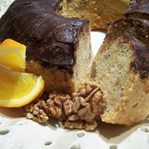 Bábovka s pomarančom a vlašskými orechmi