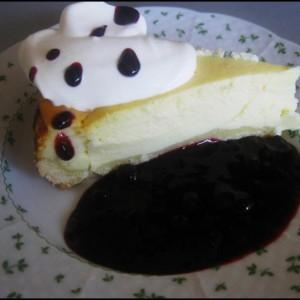 Tvarohový koláčik s horúcim ovocím