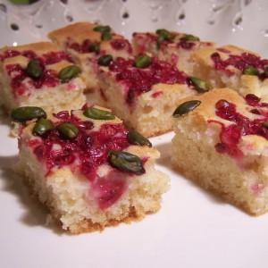 Rýchly koláč s brusnicami